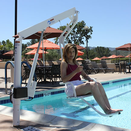 Lifeguard lift offers ada compliant transfer systems outdoor living systems accessories for Swimming pool lifting out of ground