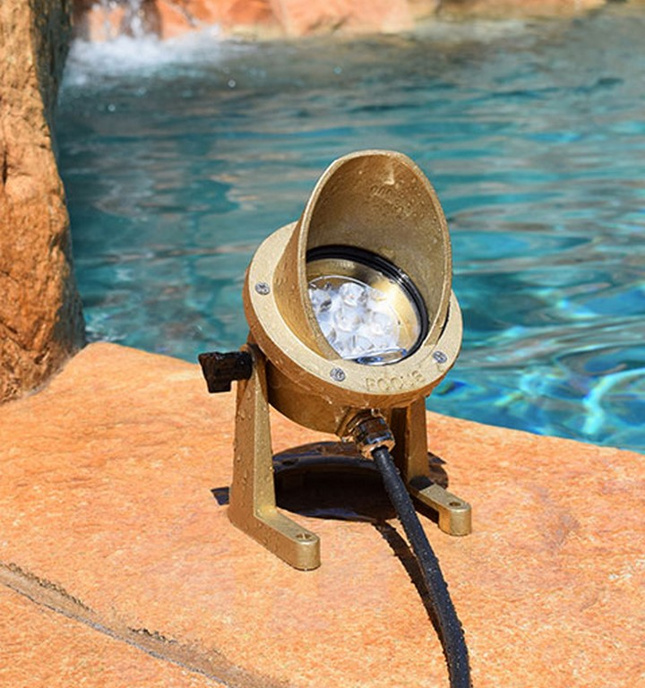 Focus Industries Offers Underwater LED Lights