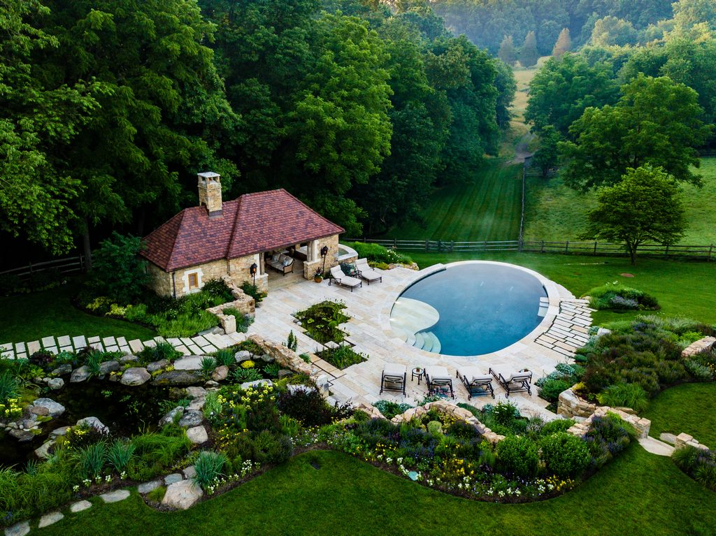 After leaving us with a cliffhanger last month, Scott Christie follows up here with information on the clients' surprise request and on the process of bringing the backyard into final form with -- in addition to the original pool and spa -- a new pond system and, oh yes, a crumbling ruin.