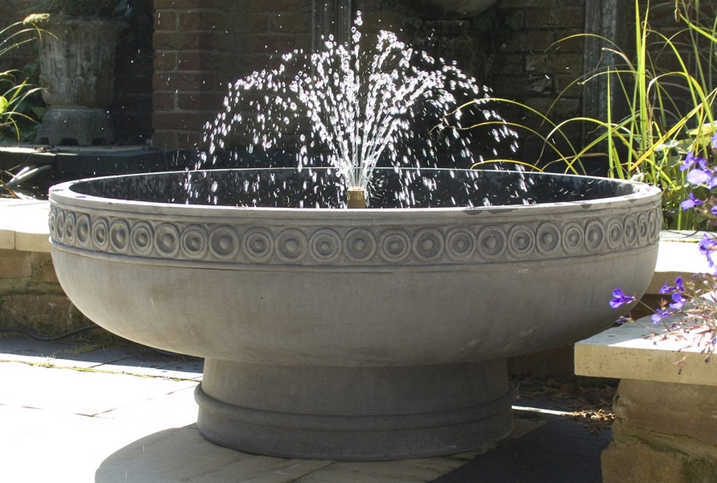 Haddonstone Offers Self Circulating Fountains