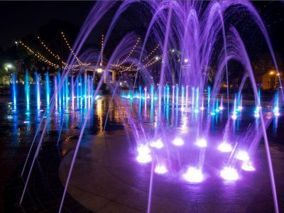 Faced with what he saw as a clear need to simplify the task of choreographing dancing fountains, Scott Palamar applied what he knew about control technology to the problem -- and the result is an approach that makes both new and old waterfeatures dance to a fresh beat.