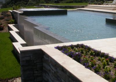 Vanishing-edge pools have been around for a long time now, but Paolo Benedetti is aware that good numbers of watershapers are still making fundamental errors in their design and construction -- including some problems he seeks to address with a few helpful tips.