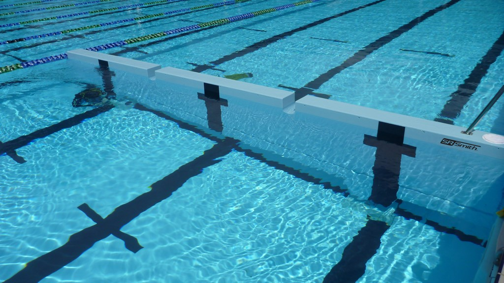 S.R. Smith's SwimWalls for Competition Pools